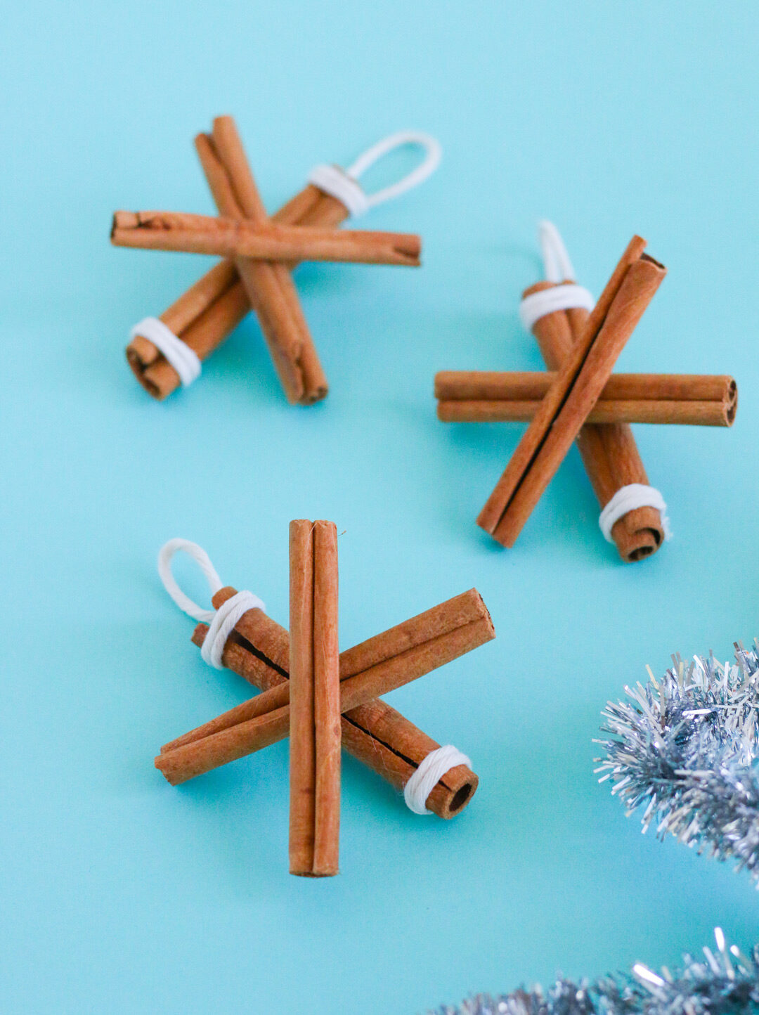 DIY Holiday Decorations: Cinnamon Stick Snowflake Ornaments