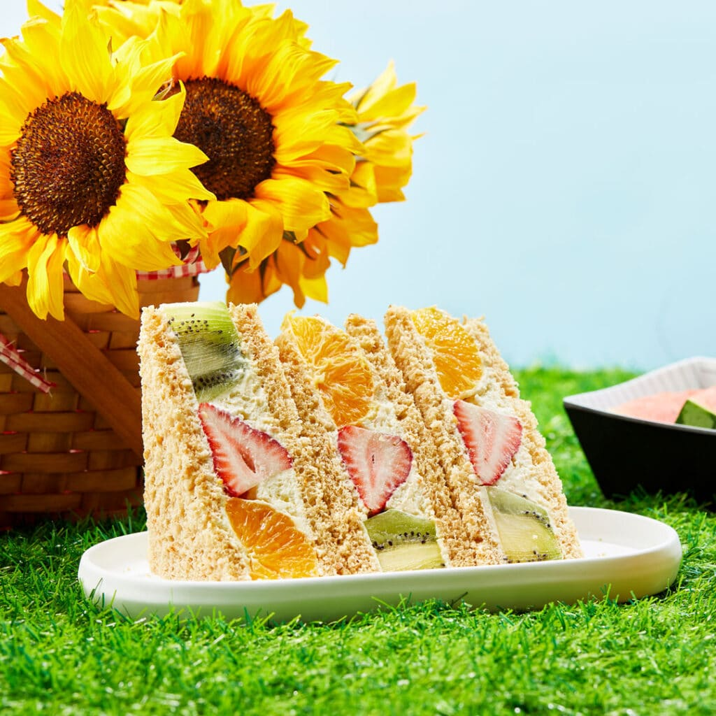 Japanese fruit sandwiches with strawberries, kiwi, and oranges